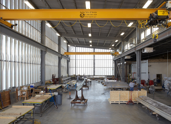 07-Interior-Factory